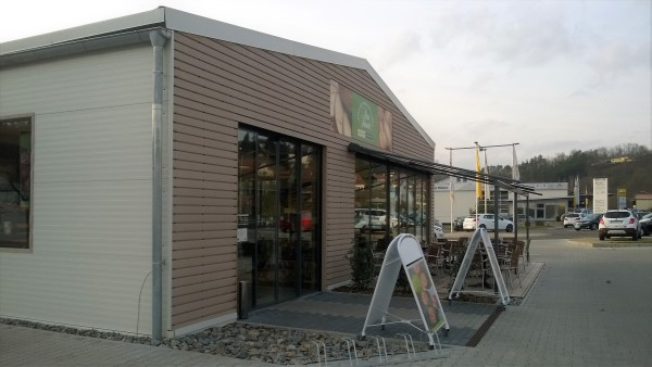 Examples and applications of insulated panels | Panel Sell Ltd